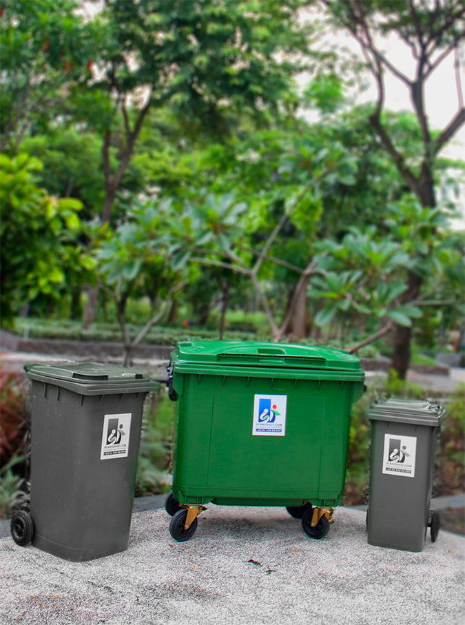 Moveable Garbage Bin
